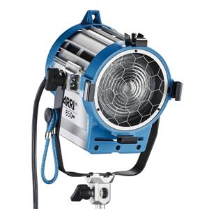 "Trustworthy Junior 650 Plus Tungsten Fresnel Light with 4.3"" Lens, 650 Watt, 120 Volts AC. Product photo"
