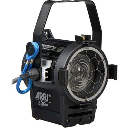 Arri Junior Tungsten Fresnel Light Lens Hanging Model Watt Volts AC 105 - 626