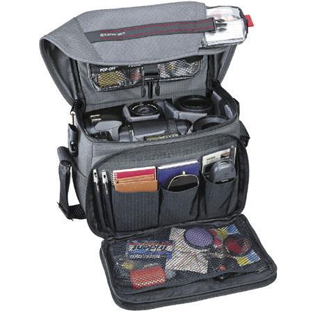 Tamrac Zoom Traveler Shoulder Bag Small or Digital SLR Camera Systems  183 - 496