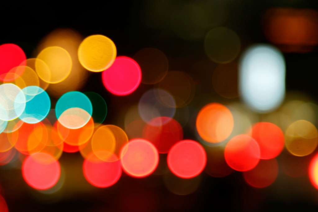 Bokeh Photography 101: The Basics of Creating Good Bokeh in