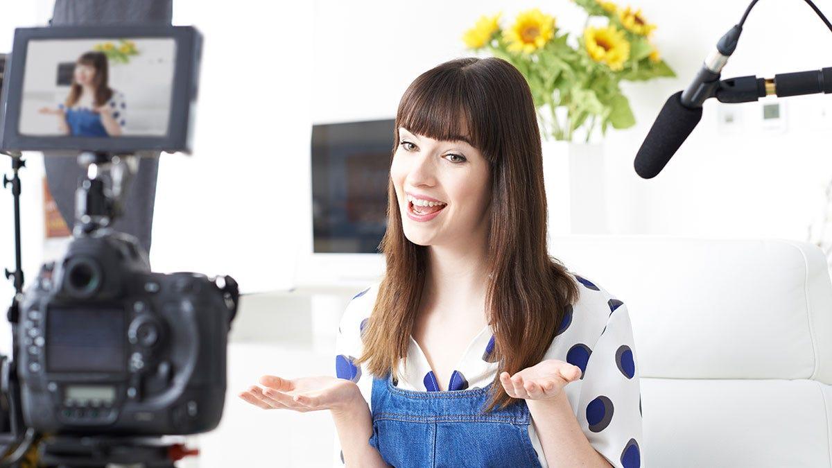 Как сделать свой видеоблог самому