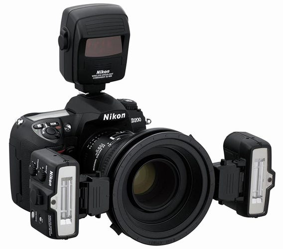 Nikon R1C1 Wireless Close Up Speedlight System