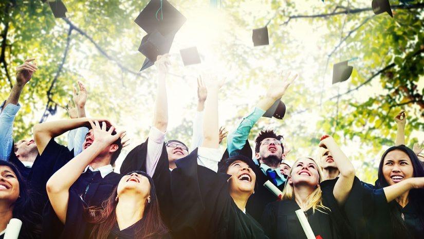 0eb9766832 10 Graduation Photography Tips