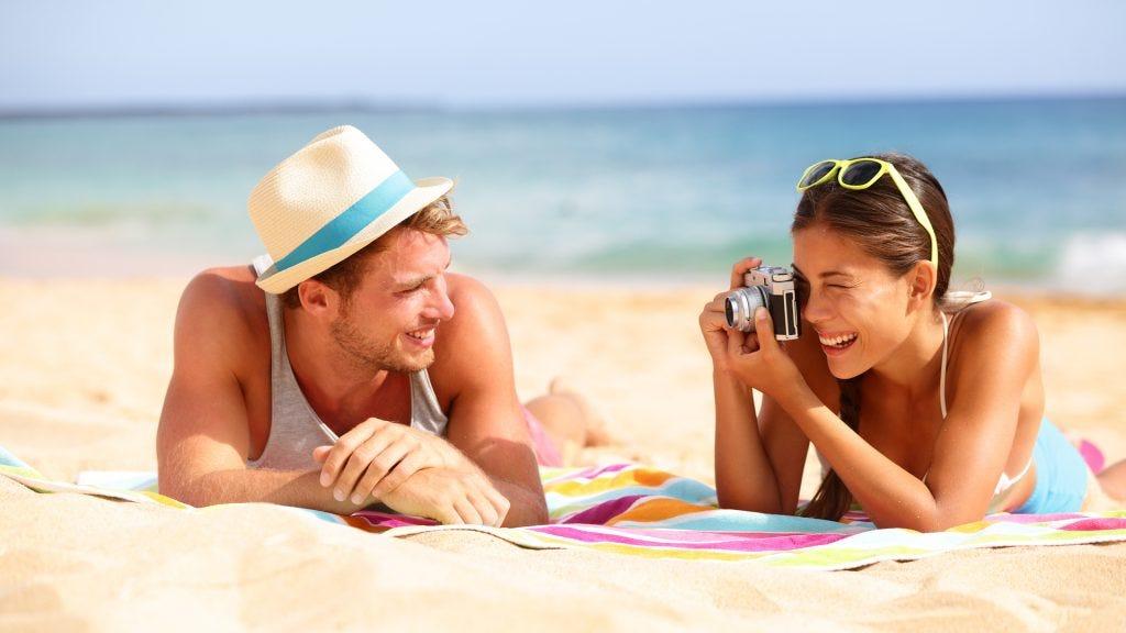 5 Best Camera Lenses for Bokeh Photography - Adorama Learning Center