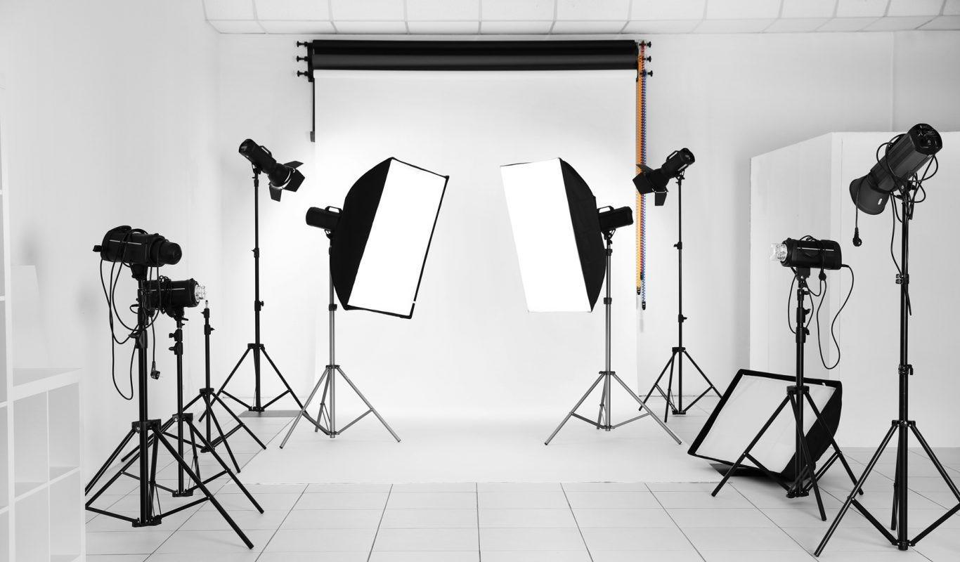 4 Lighting Techniques for Creative Beauty Portraits - ALC