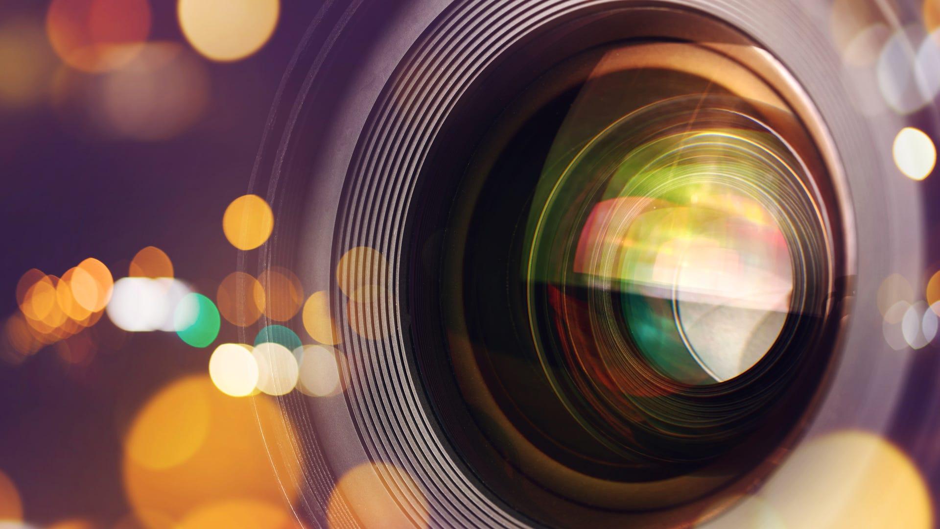 5 Best Camera Lenses For Bokeh Photography