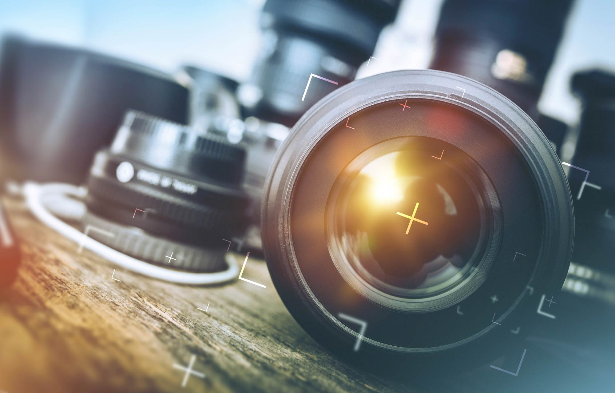 What is a lens 90