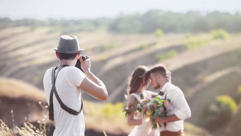 c56cf7627be Best Canon Lenses For Wedding Photography - Adorama Learning Center