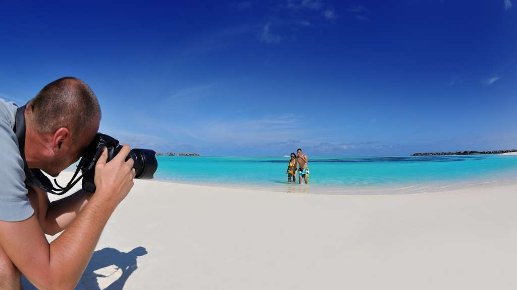10 Essential Accessories For Better Beach Photography ALC