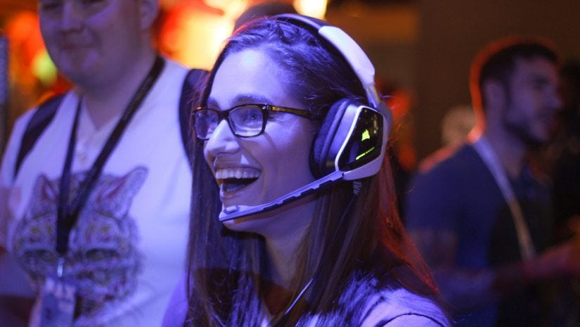 Online Gamer HayliNic's Secrets to Twitch Success - Adorama Learning