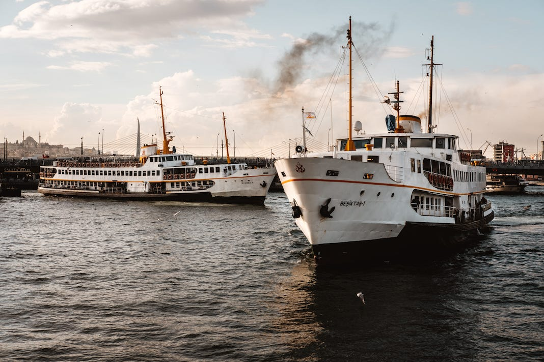 Istanbul Ferry (Photo by Eren Sarigul)