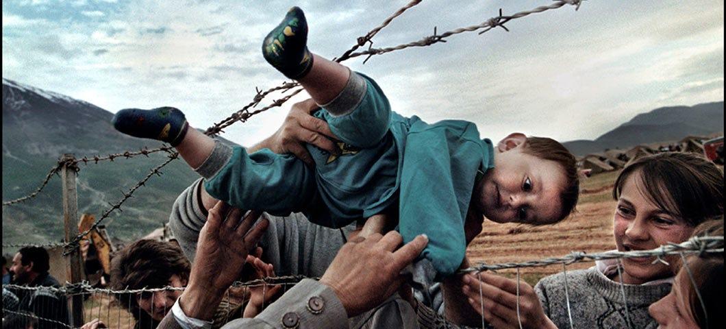 Meet a Pro: Carol Guzy, Pulitzer Prize-Winning Photojournalist