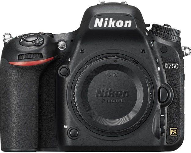 the Nikon D750 best DSLR for wedding photography