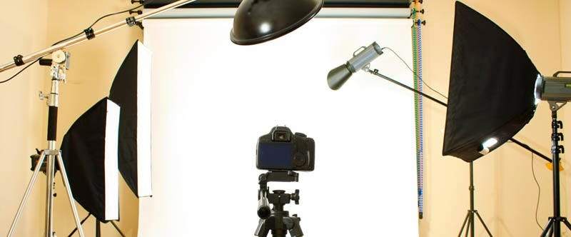 Building the Home Studio Part 3: Flashes, Light Meters and Backgrounds