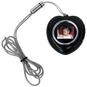 CTA Digital Heart Shape Digital Photo Frame Necklace (Black) MIHPNB