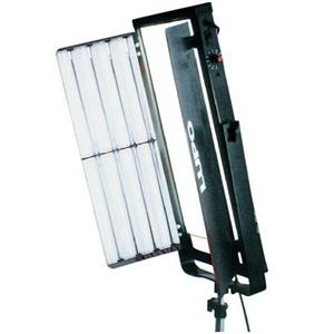 Lupo 097 Quadrilight 2000 4x55 Watt Fluorescent Light Manual Control 097