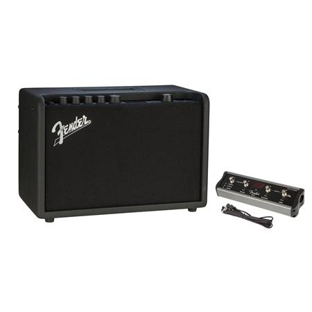 fender mustang gt 40 40w wifi digital amplifier with fender 4 button footswitch 2310100000 a. Black Bedroom Furniture Sets. Home Design Ideas