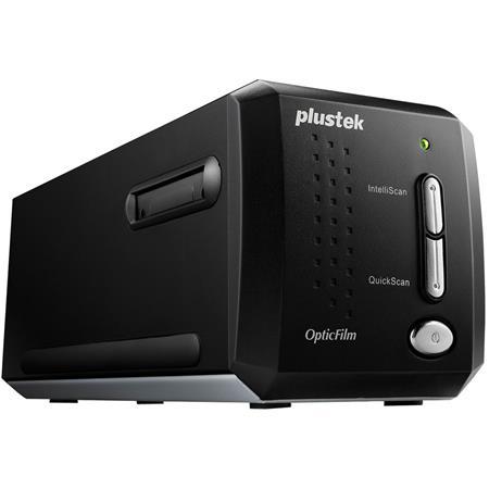Plustek OpticFilm 8200i SE - 35mm Film & Slide Scanner, 7200 dpi & 48-bit  Output, Integrated Infrared Dust/Scratch Removal, Bundled with Silverfast  SE