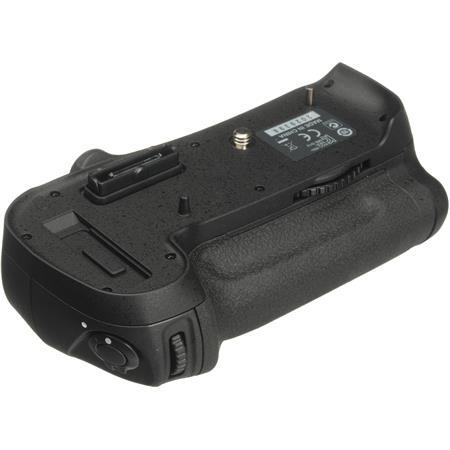 Nikon MB-D12: Picture 1 regular