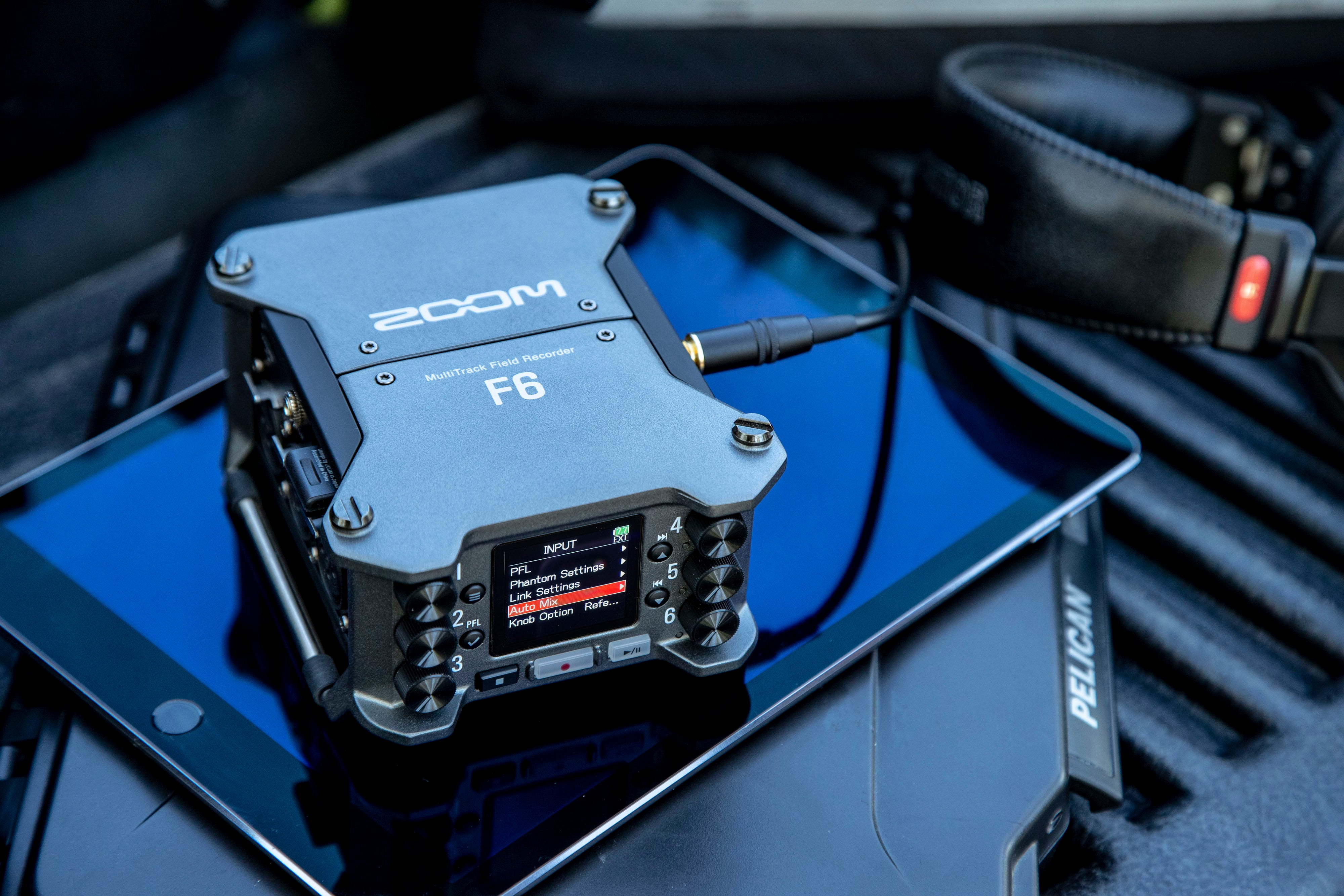 THE ZOOM F6 - Field Recorder
