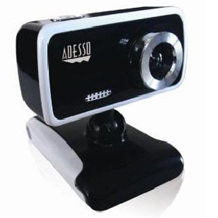 "Adesso CyberTrack V1 Desktop Webcam, 1/10"" (300K Pixels) CMOS Sensor, Manual Focus, USB 2.0"
