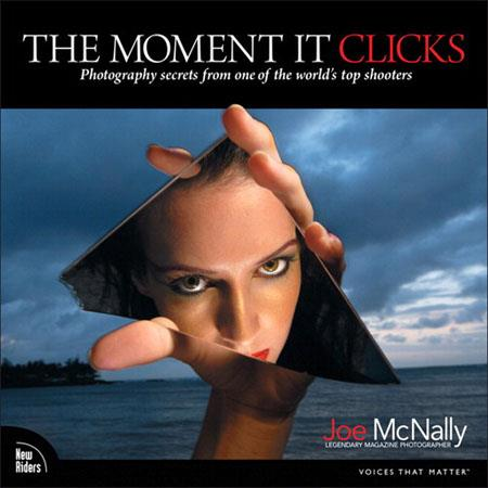 Peachpit Press - The Moment It Clicks: Photography Secrets from One of The World's Top Shooters, Softcover Book by Joe McNally