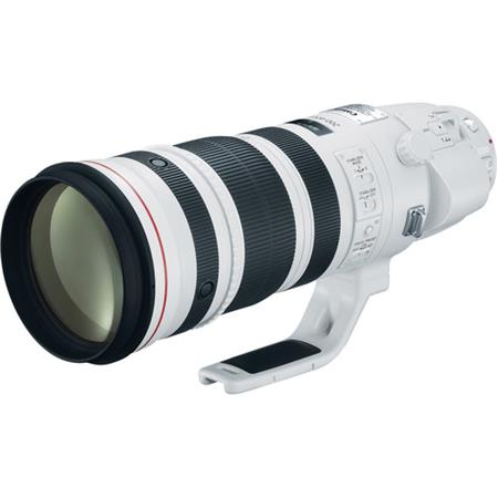 Canon EF 200-400mm f/4L IS USM with Built-in Extender 1.4x Lens - U.S.A Warranty