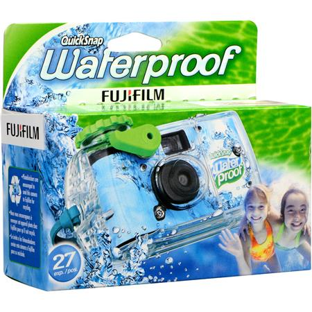 Fujifilm Fujicolor QuickSnap Marine, Waterproof 800, One Time Use Disposable Camera with 27 Exposures of Fujicolor Superia X-TRA 800 35mm Film, Waterproof to 17