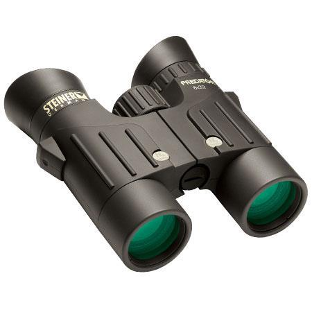 Steiner 8 x 32 Predator, Water Proof Roof Prism Binocular with 6.3 Degree Angle of View. image