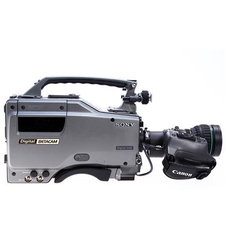 Sony SONY DVW-700 DIGIBETA CAMERA With Lens
